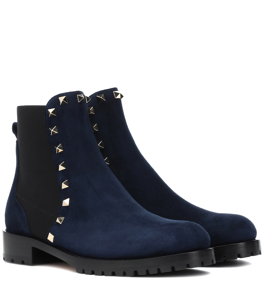 ROCKSTUD SUEDE ANKLE BOOTS
