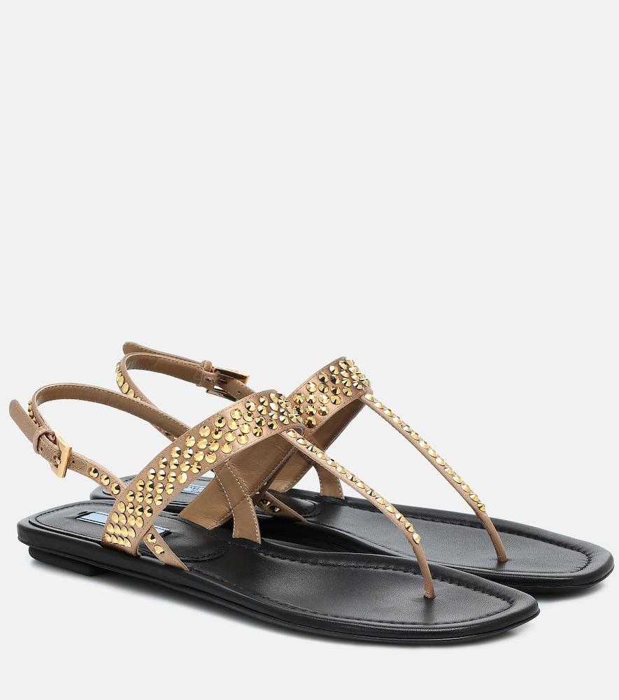Sandales en cuir métallisé à ornements - Prada - Modalova