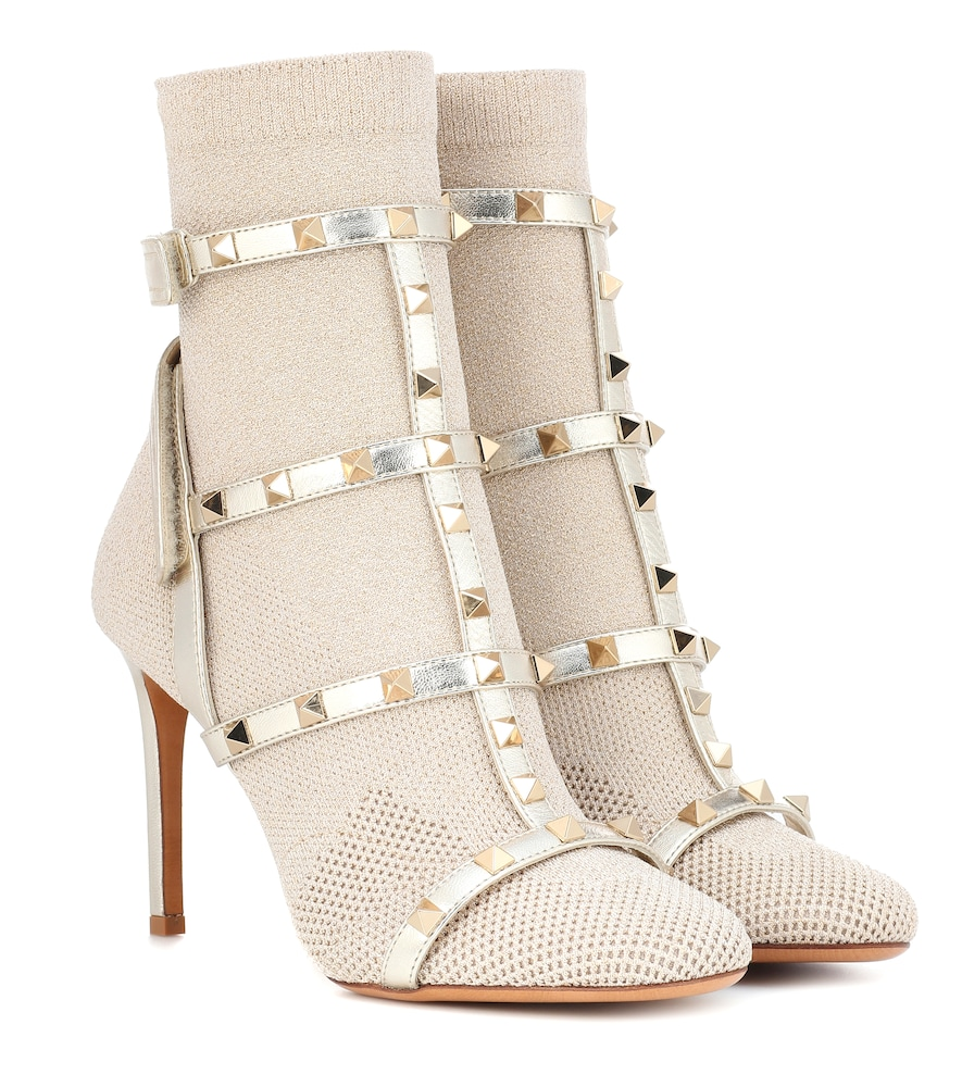 ROCKSTUD ANKLE BOOTS