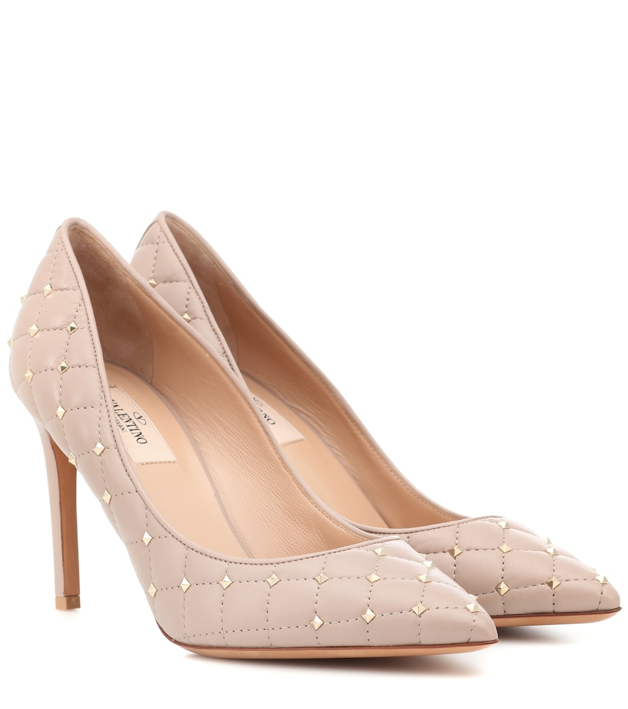 Rockstud Spike Leather Pumps in Beige