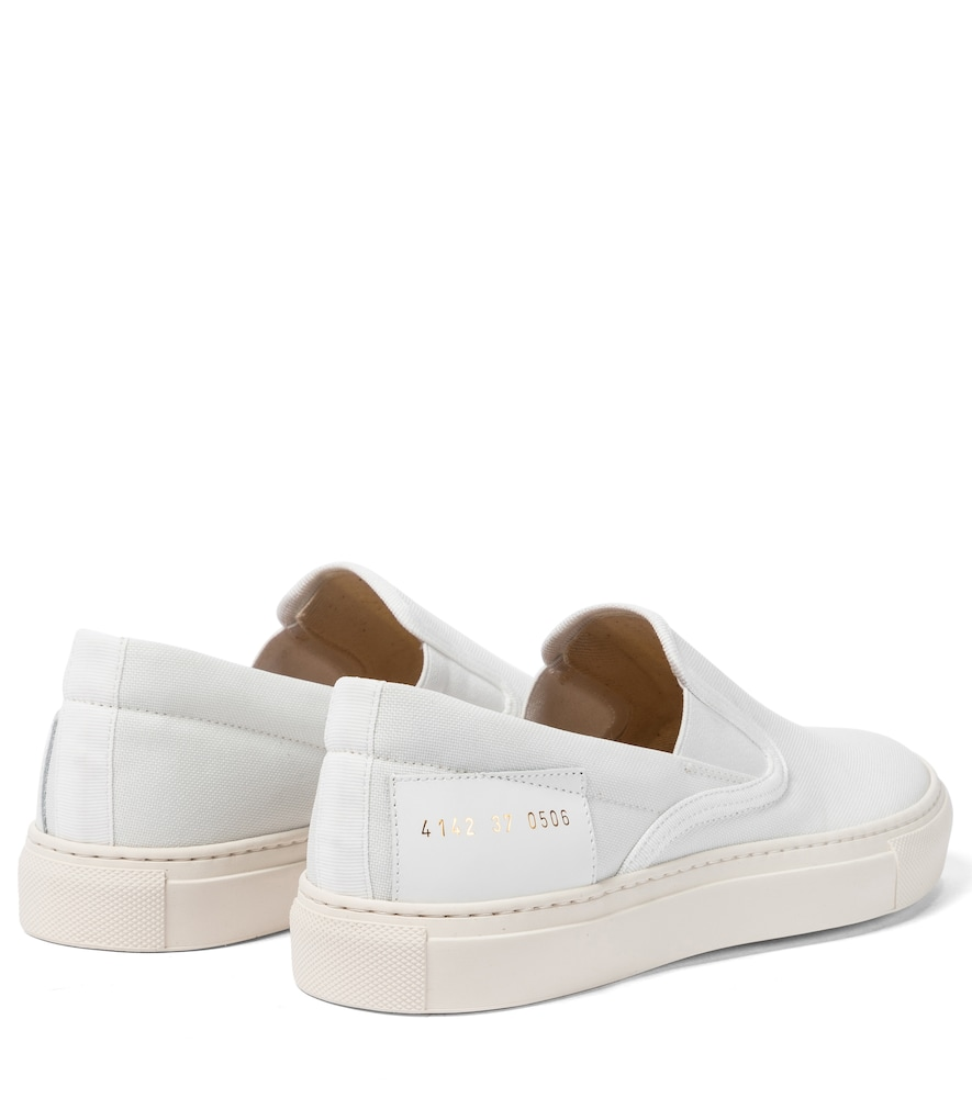 COMMON PROJECTS Canvases SLIP ON CANVAS SNEAKERS