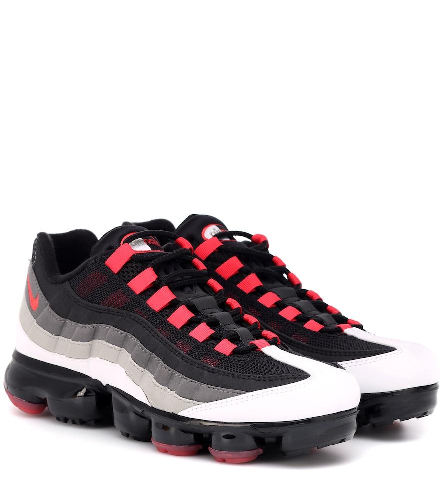 Men'S Air Vapormax '95 Running Shoes, White in Black