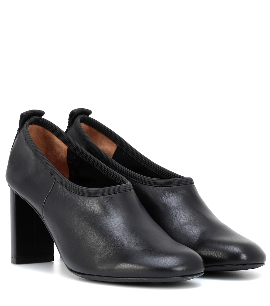 Joseph Leather Pumps In Black