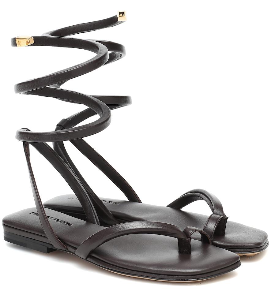 Sandales BV Spiral en cuir - Bottega Veneta - Modalova