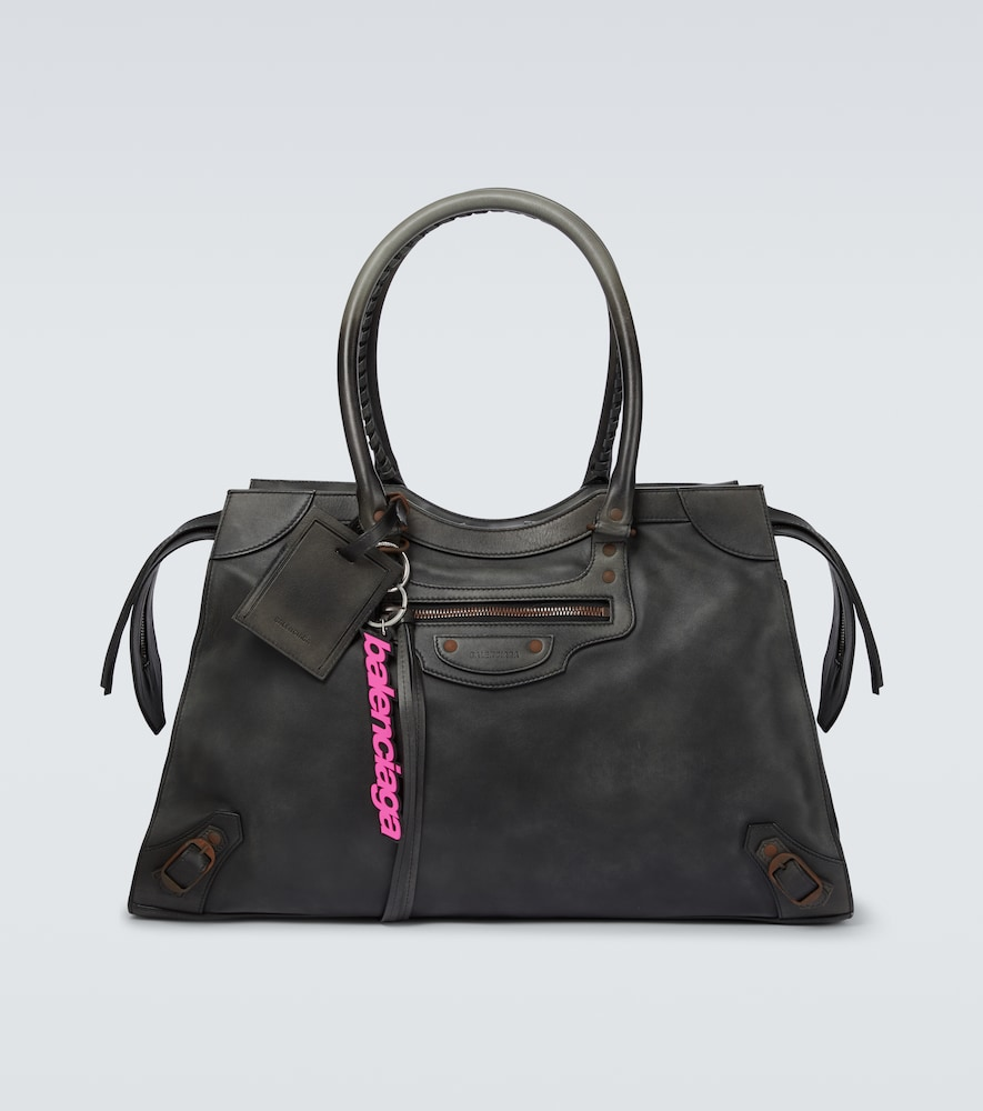 Neo Classic Used large leather bag