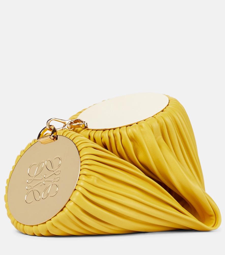 Bracelet convertible leather shoulder bag