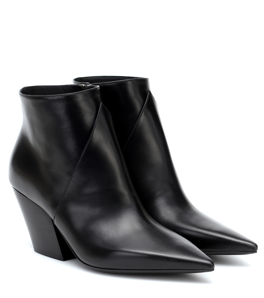 Burberry ASHLINGTON LEATHER ANKLE BOOTS