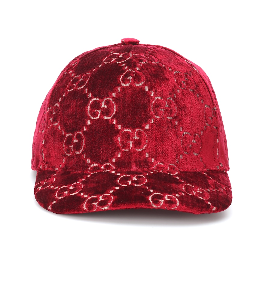 Gg Velvet Baseball Cap In Burgundy in Red