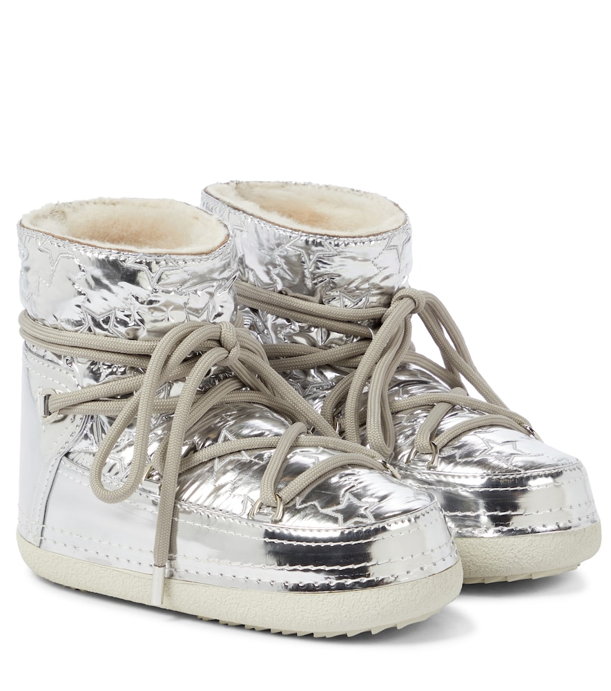 Star metallic ankle boots
