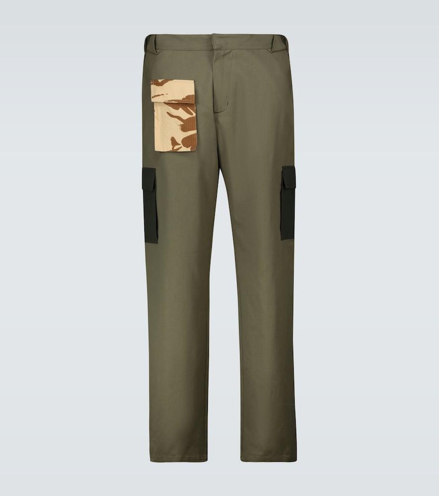 Contrast pocket cargo pants