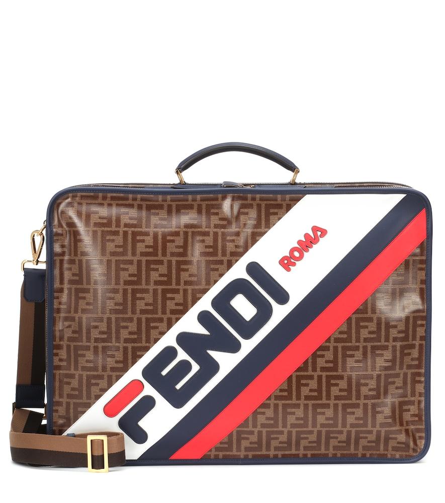 5d06ff9fabe9 Fendi Mania Printed Travel Bag In Brown