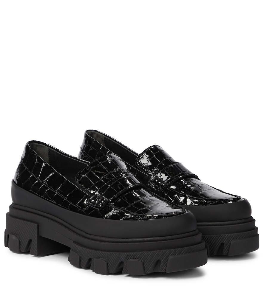 Croc-effect patent leather loafers