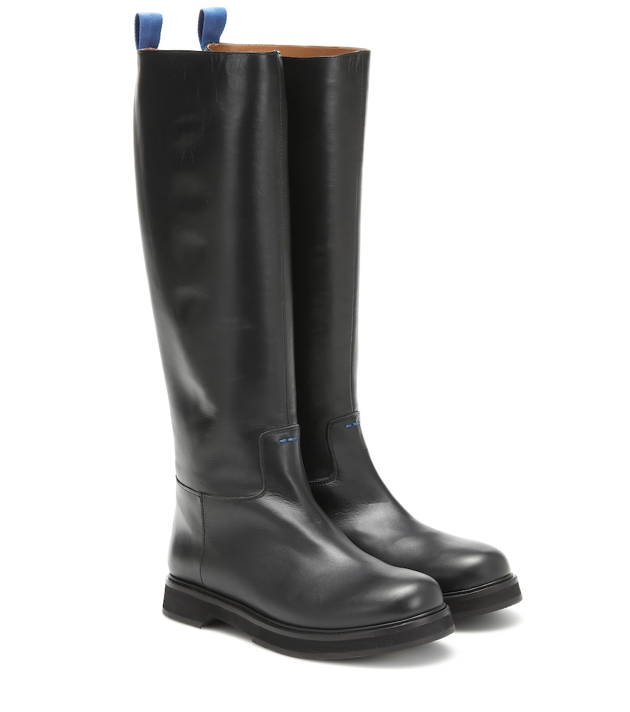 Joseph Leather Boots In Black