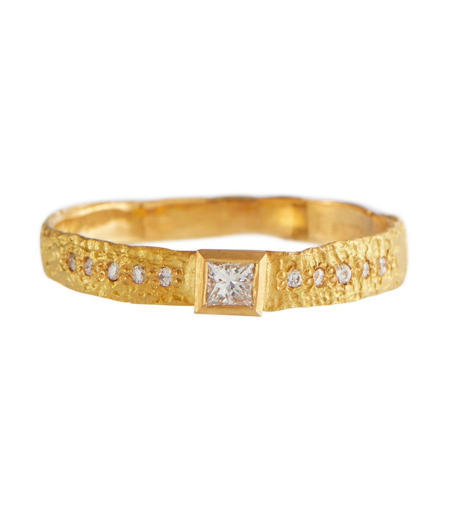 Love 18kt gold ring with diamonds