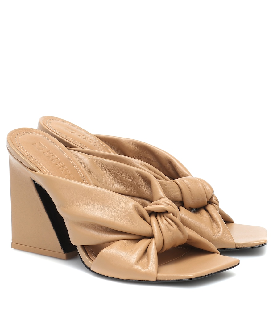 Nora leather sandals
