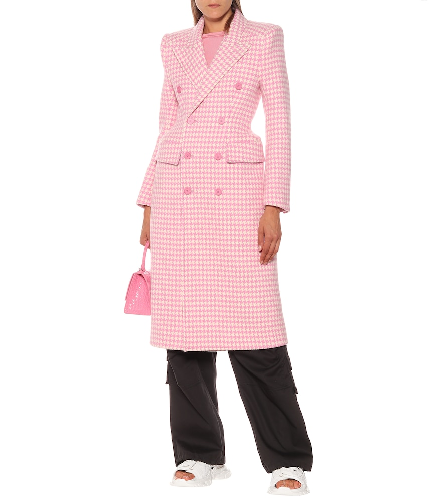 Hourglass houndstooth wool coat by Balenciaga