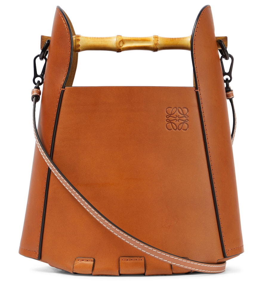 Bamboo-trimmed leather bucket bag