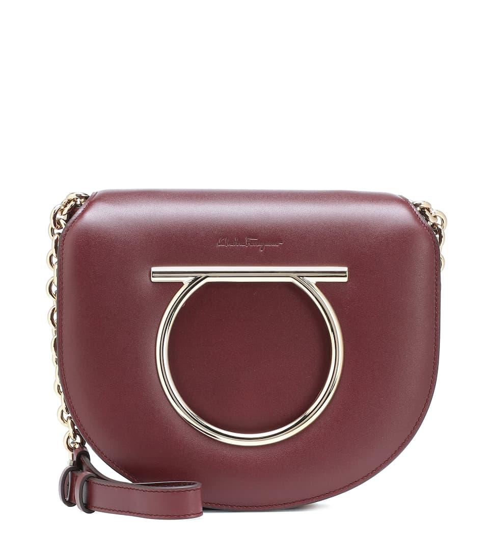 117580119d Vela Medium Leather Shoulder Bag - Salvatore Ferragamo