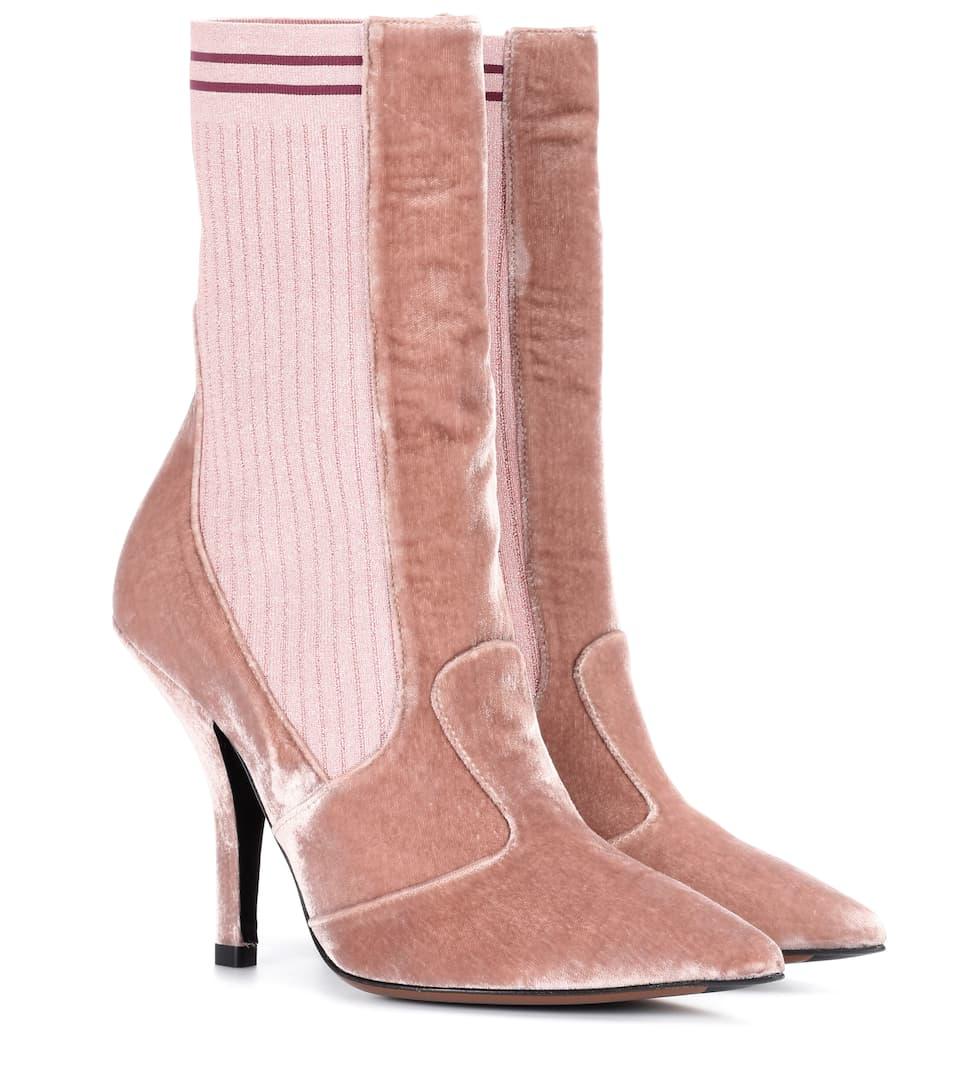 Fendi Exklusiv bei mytheresa.com – Ankle Boots aus Samt