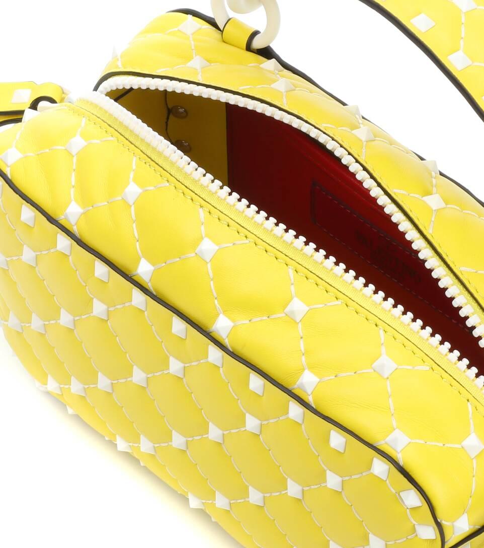 Verkauf Neueste Valentino Valentino Garavani Crossbody-Tasche Free Rockstud Spike aus Leder Wirklich Günstiger Preis Bekommen F1LIIFZxy