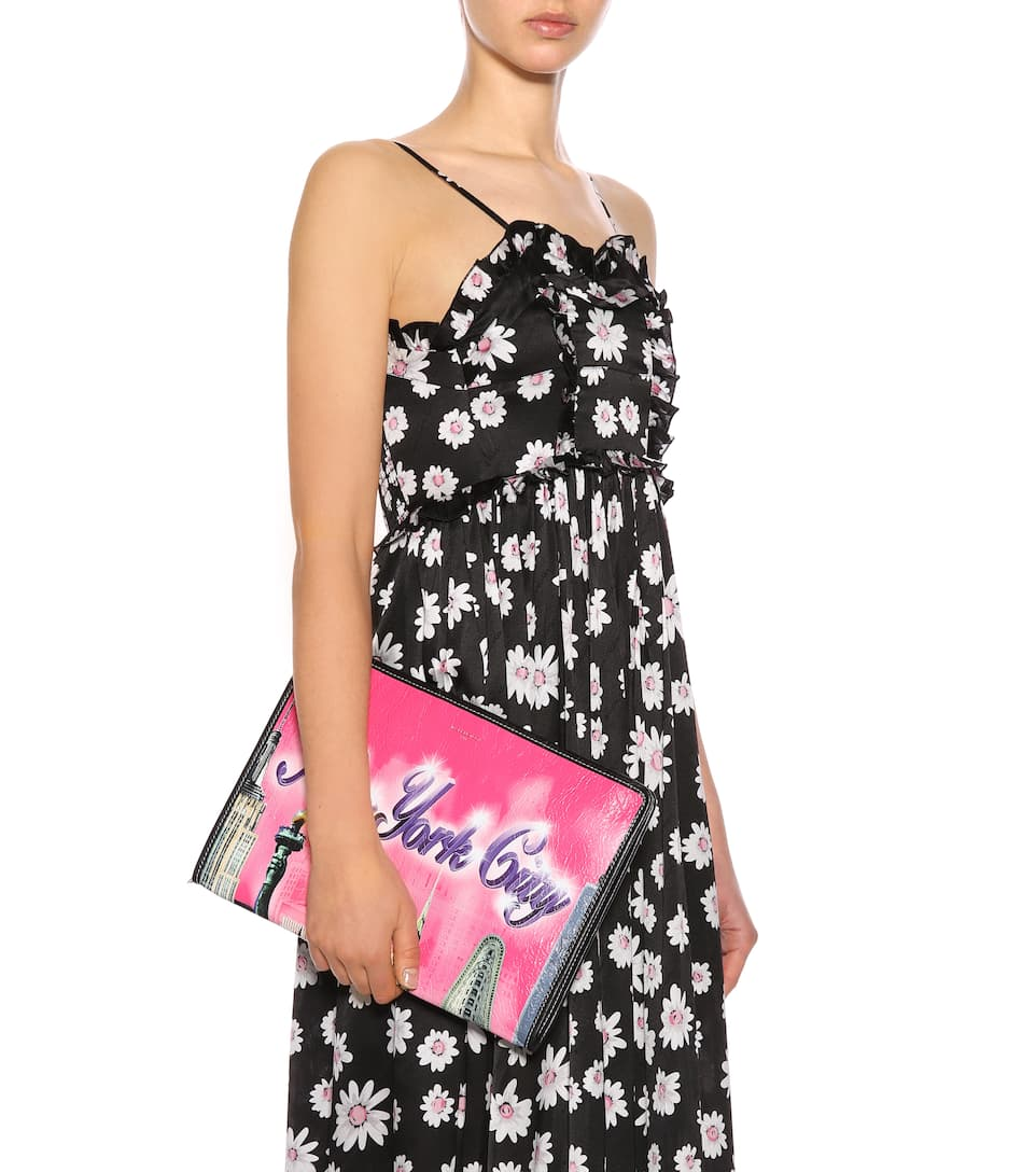 Balenciaga bazar new york leather pouch in pink modesens for Balenciaga new york store