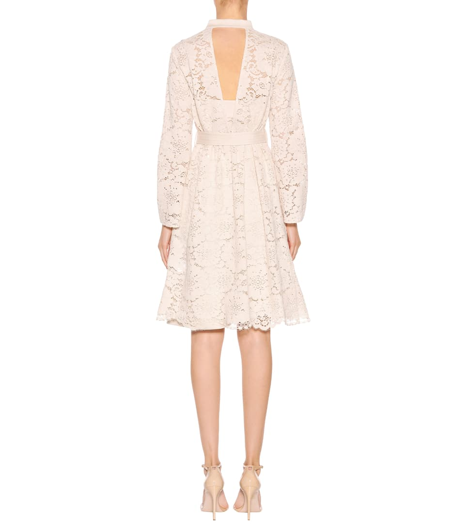 Lace Temptation dress. Dorothee Schumacher