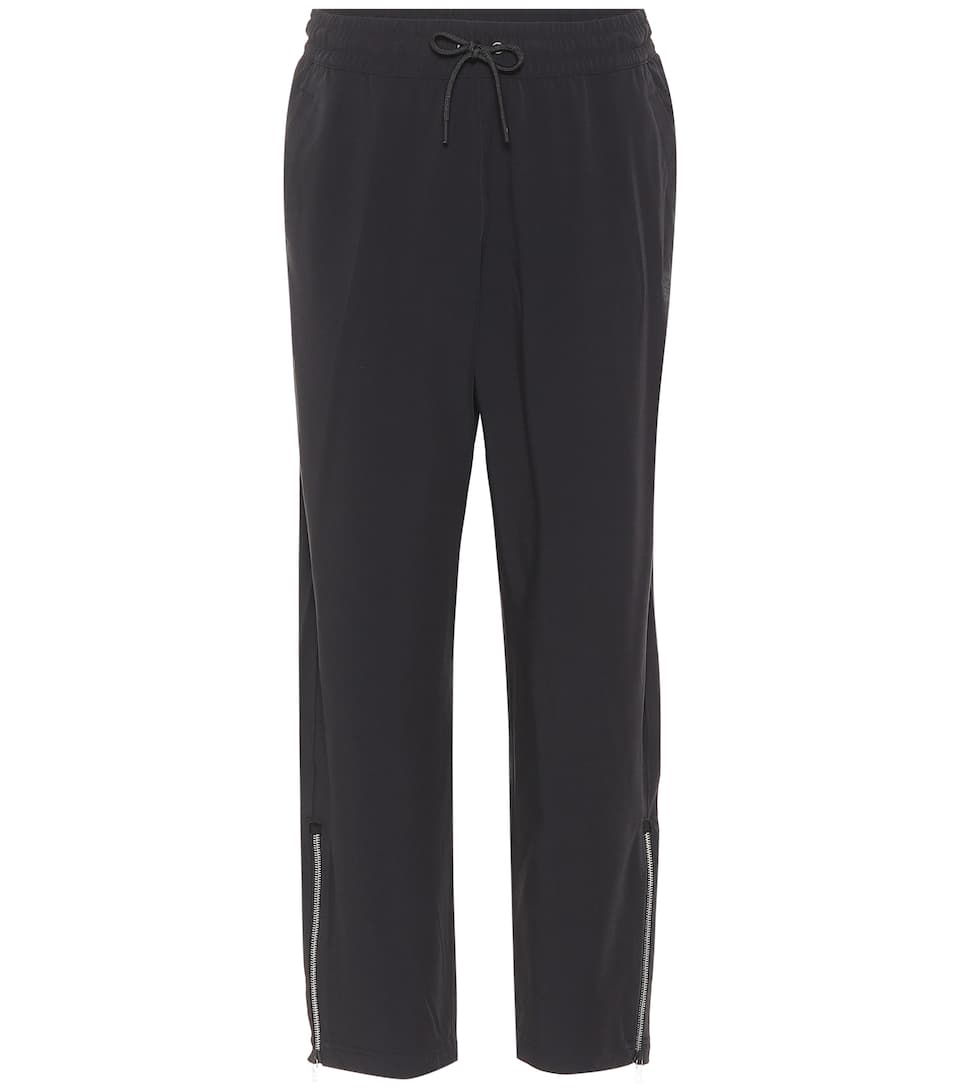 LAB ESSENTIALS TRACKPANTS