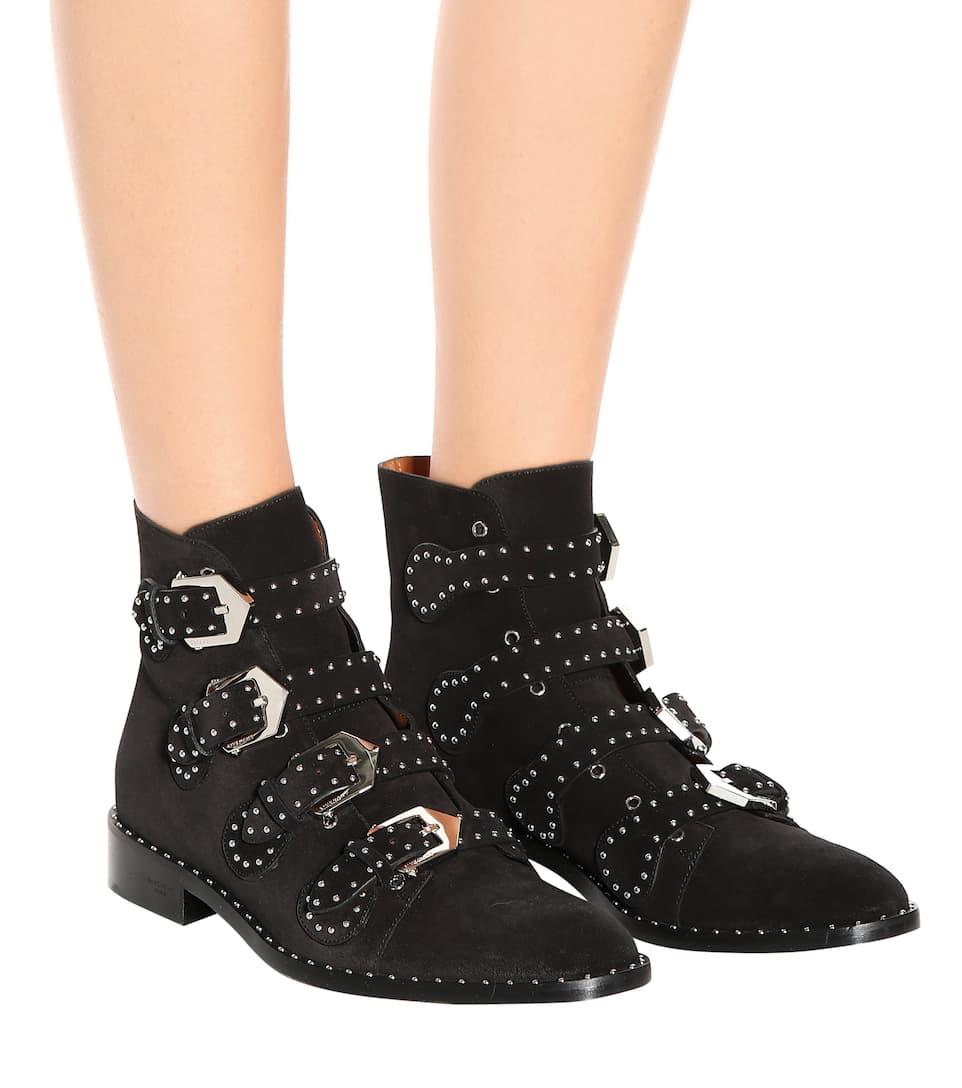 Givenchy Ankle Boots aus Veloursleder mit Nieten