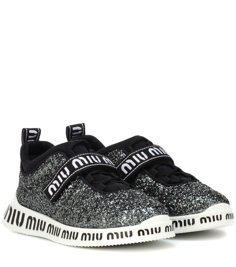 new styles bf6c3 35e8c Logo glitter sneakers