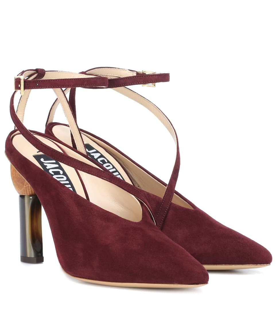091964b6a5a Les Chaussures Faya suede pumps. Runway. Jacquemus