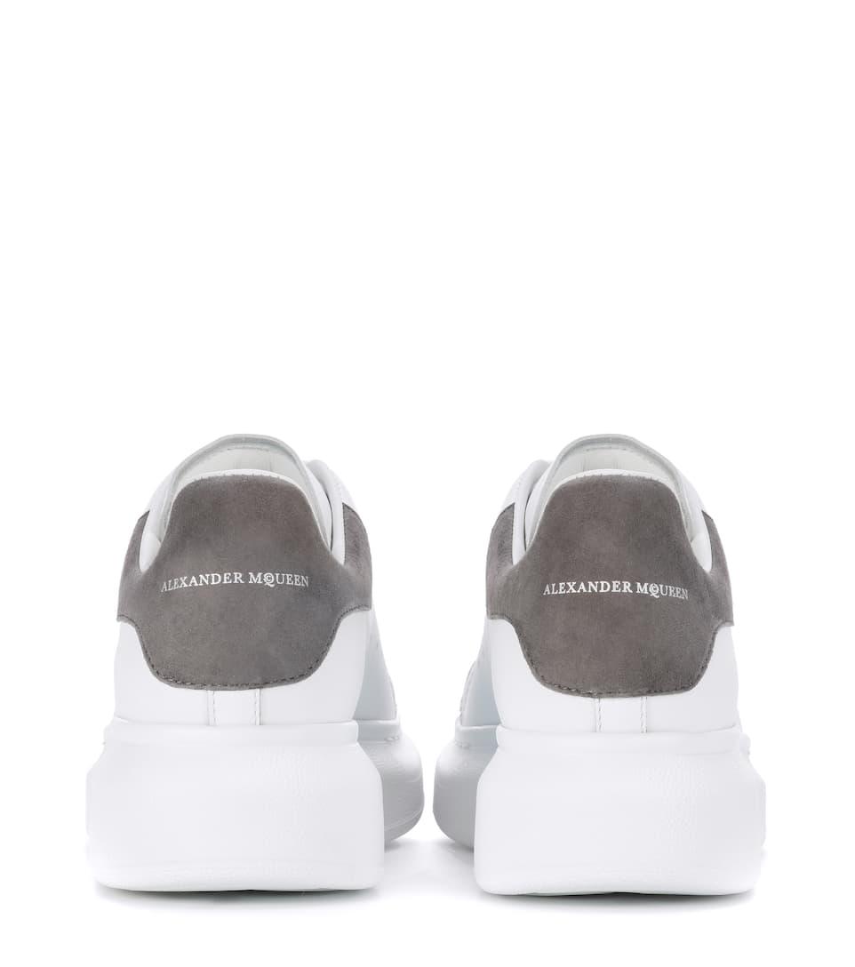 Online-Shopping-Spielraum Alexander McQueen Plateau-Sneakers Larry aus Leder Online Shop Outlet Mode-Stil B9Rbp5Iet