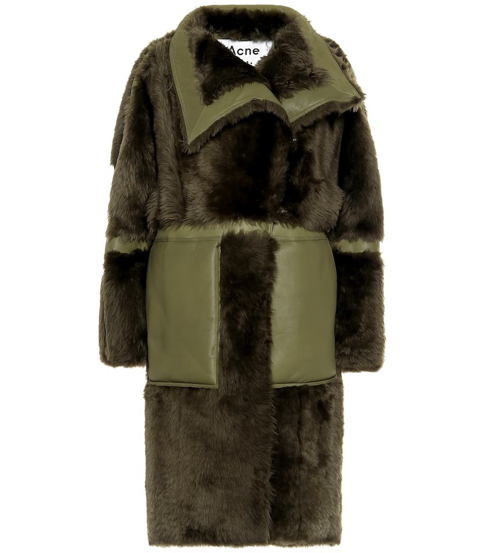 online store 690f6 69a31 Cappotto in shearling