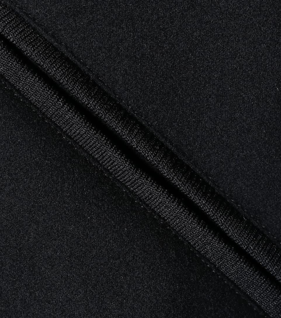 Neue Stile Günstiger Preis Online Billigsten A.P.C. Jacke Larissa mit Wollanteil Einen Günstigen Preis Gut Verkaufen Online Niedriger Preis SXvRO1Zp