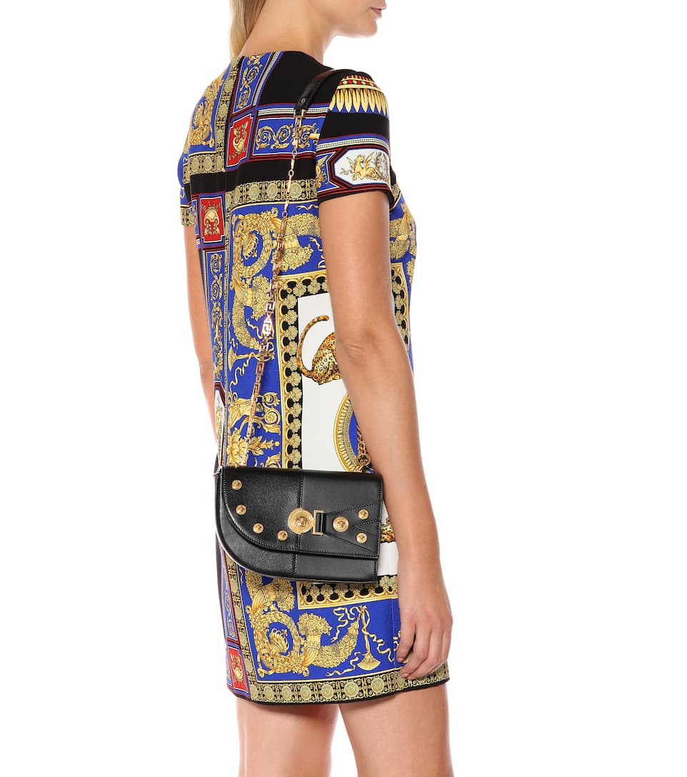 a5838b64c1 The Clash Medium Leather Shoulder Bag - Versace | mytheresa