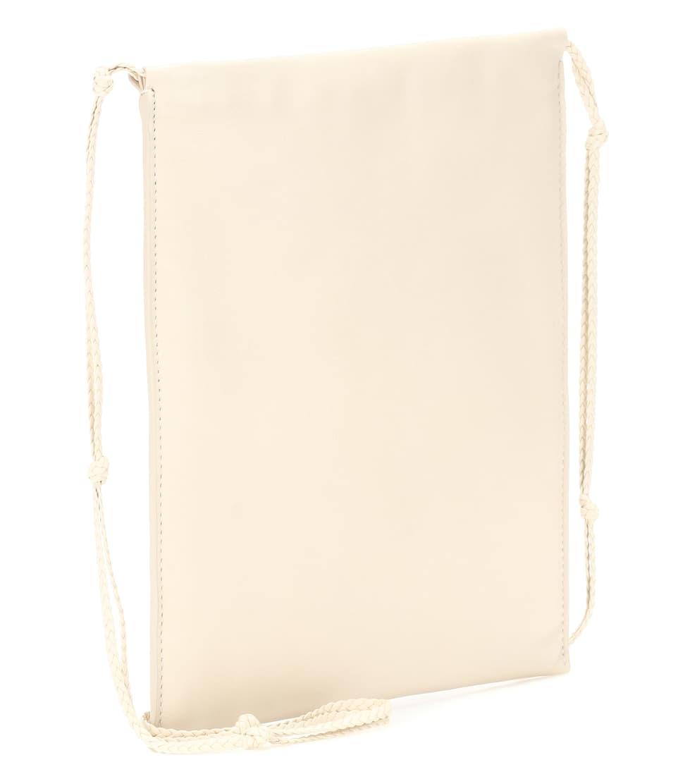 The Row Crossbody-Tasche Medicine Pouch Large aus Leder