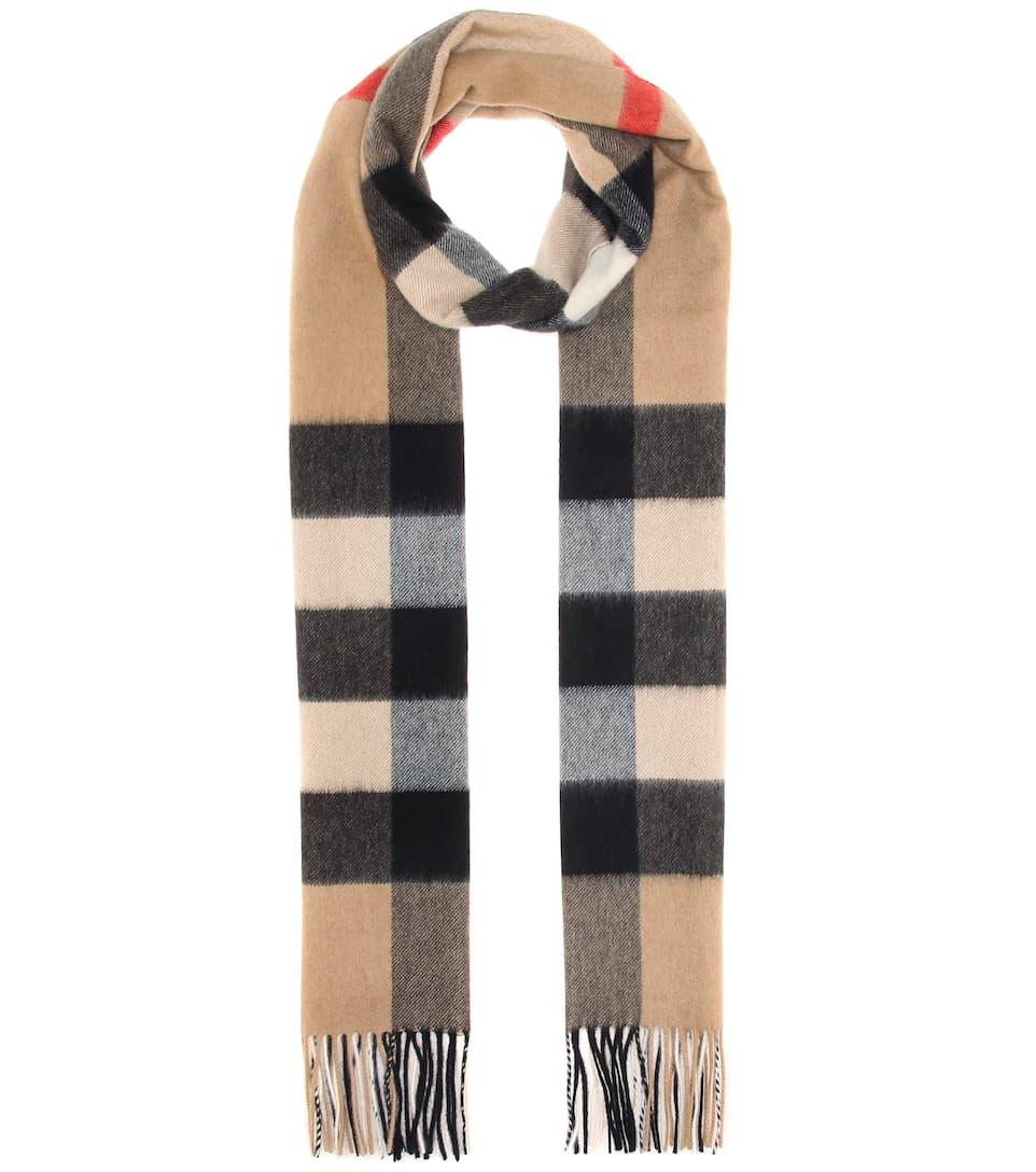 Sciarpa In Cashmere A Quadri by Burberry