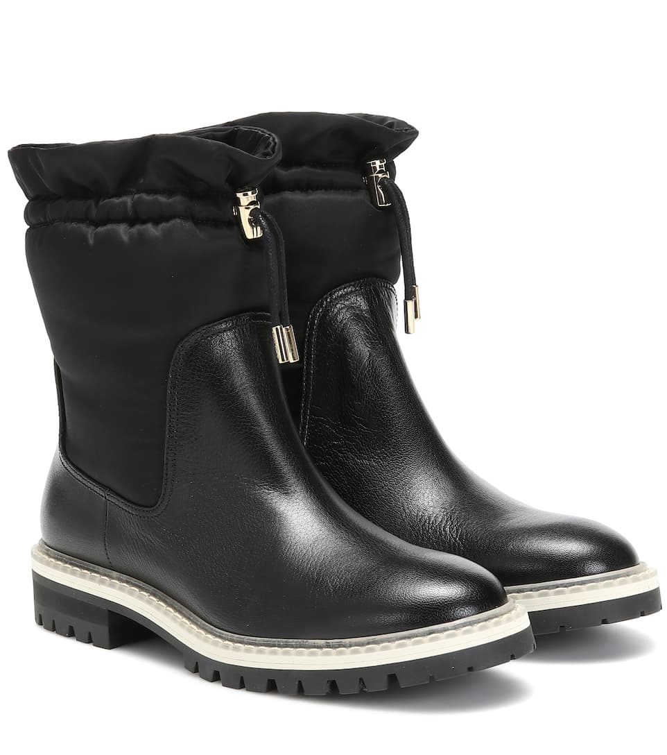 Bao Flat leather ankle boots