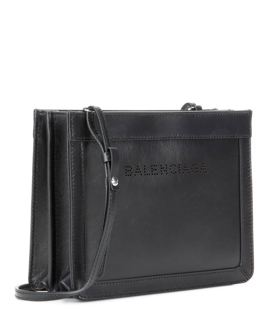 Balenciaga - Sac à bandoulière en cuir Navy Small Nouveau Jeu 2l7Jm4rk