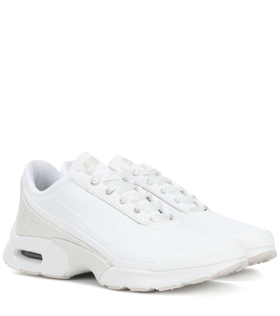 AIR MAX JEWELL LEATHER SNEAKERS