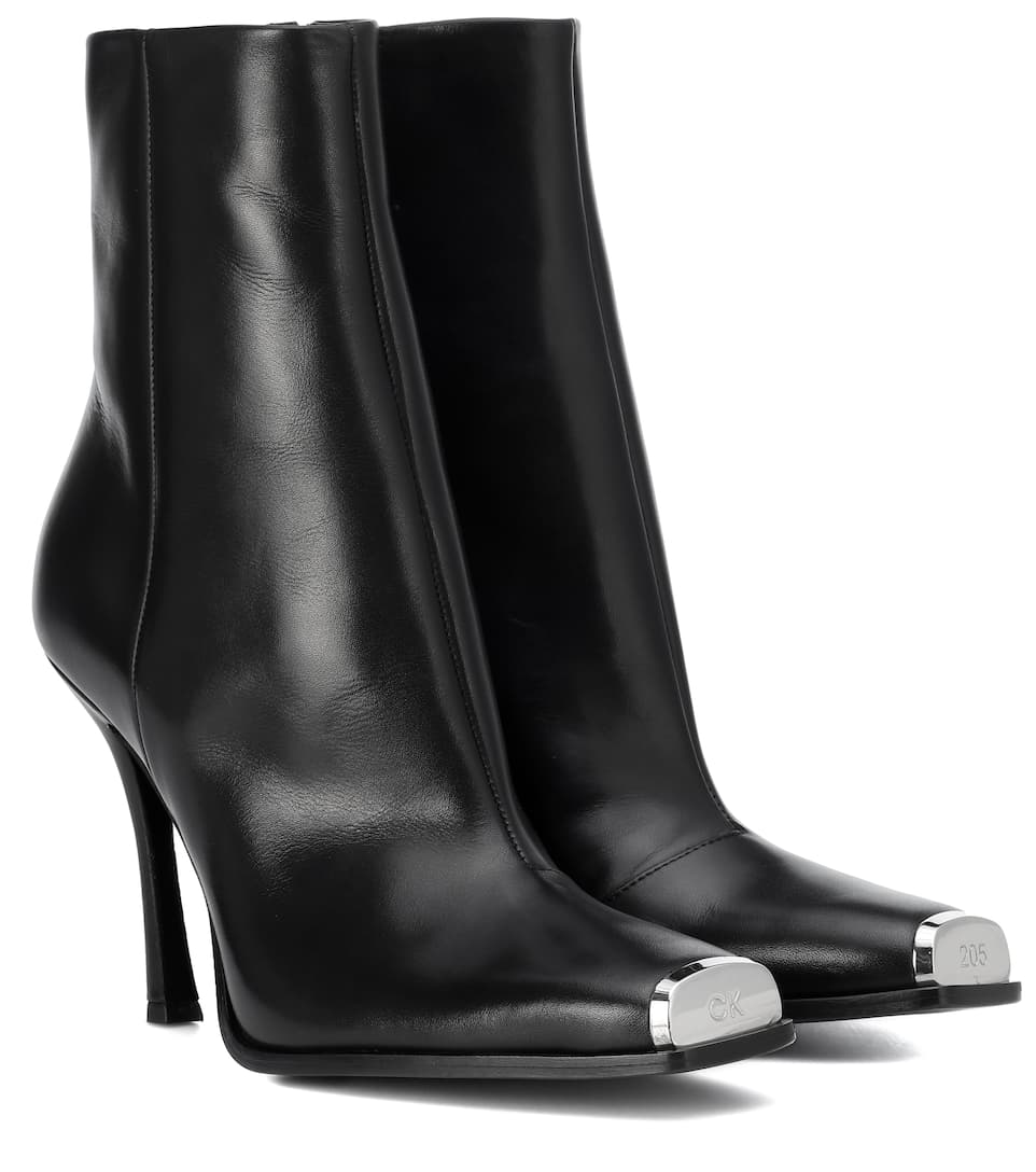 e6d33e50ac7 Calvin Klein 205W39NYC - Wilamiona leather ankle boots