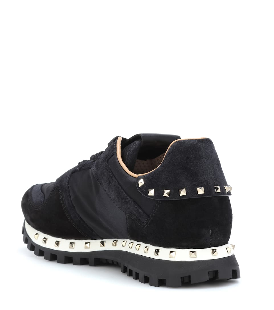 Valentino Valentino Garavani Sneakers Soul Rockstud aus Veloursleder