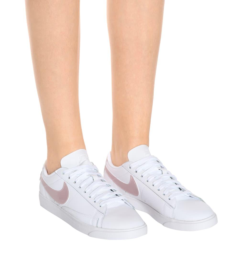 Baskets En Cuir W Blazer Low Le - Nike Collections En Ligne Pas Cher Avec Paypal Prix Pas Cher Footaction Rabais Acheter Meilleur Prix Bon Marché kd6pd