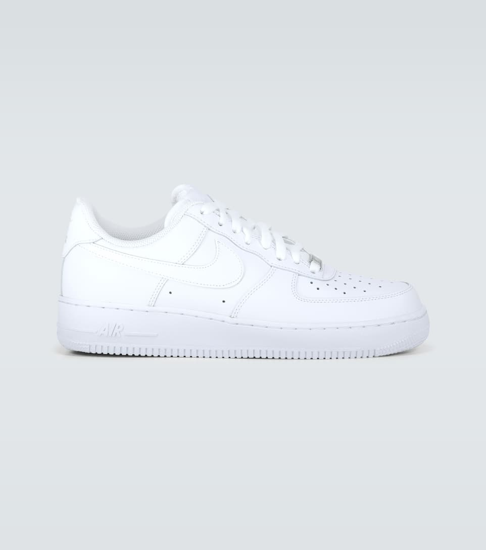 shoes, leg warmers, white, nike, nike air force 1, all white