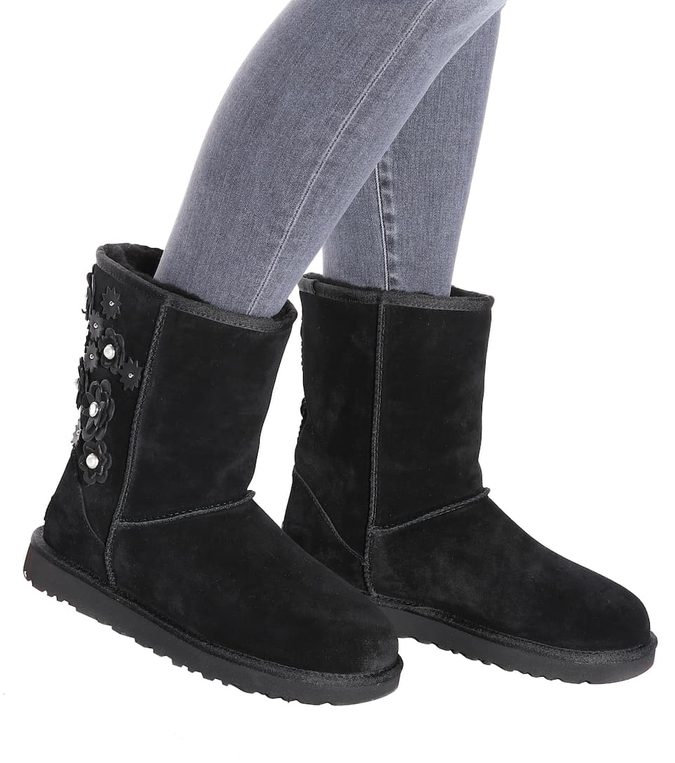Classic Short Petal ankle boots UGG Cheap Prices Outlet Good Selling Low Shipping Online Cr04czN
