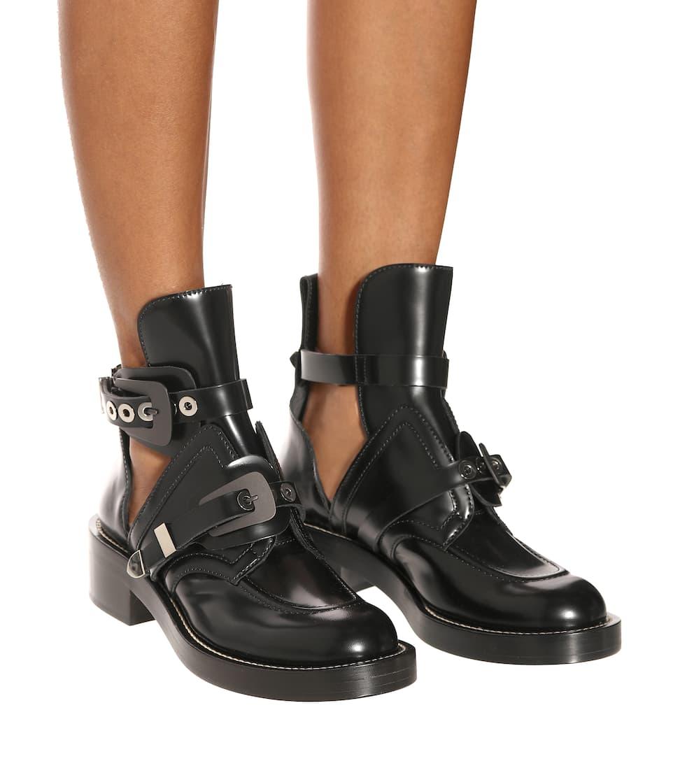 Balenciaga Ankle Boots Ceinture aus Leder