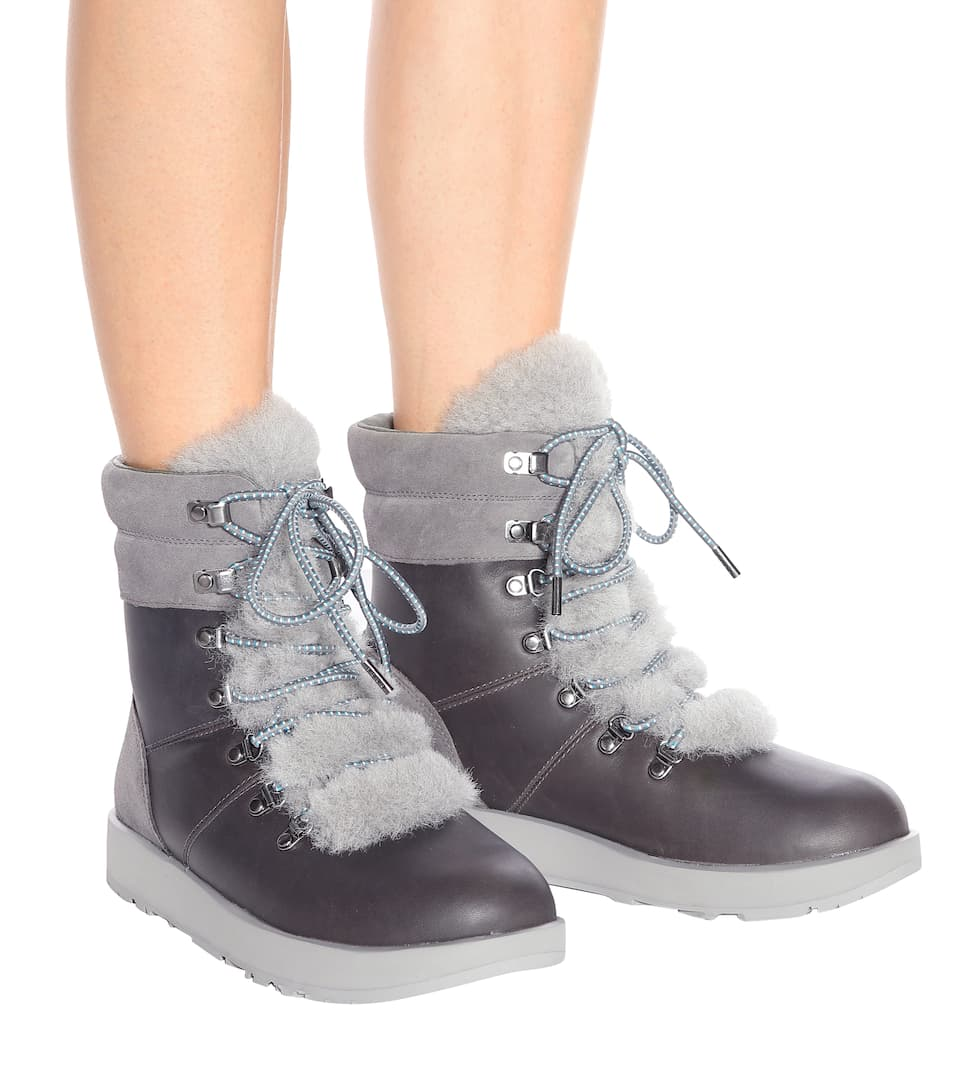 Viki Waterproof leather ankle boots. Ugg