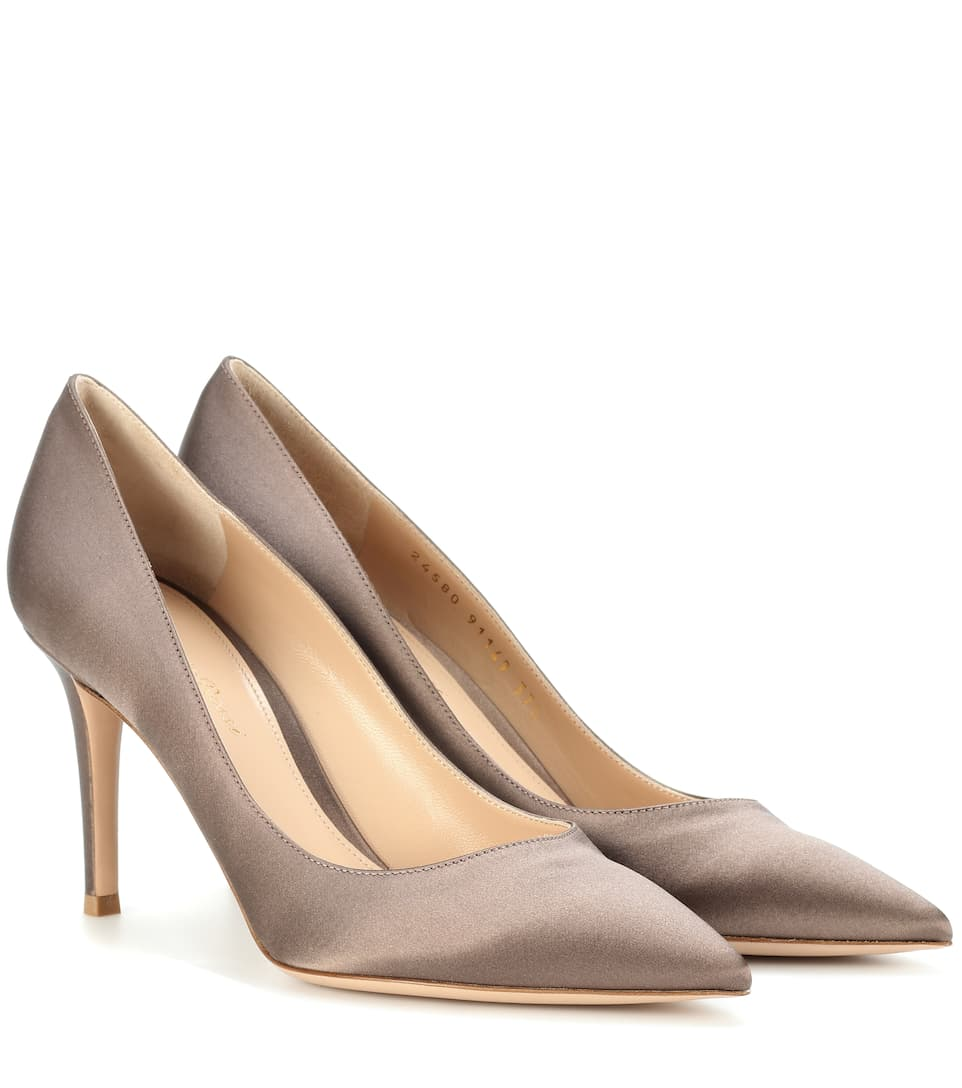 Gianvito Rossi Gianvito 85 satin pumps Outlet Choice Buy Cheap The Cheapest Pay With Paypal Sale Online Store Online With Credit Card Free Shipping SbPktMute