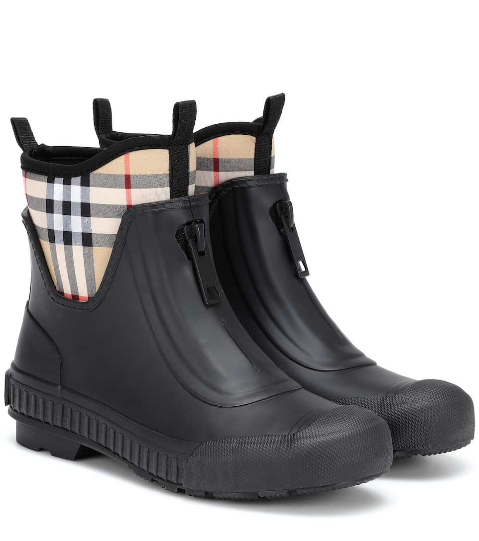Burberry Vintage Check Neoprene And Rubber Rain Boots In Black