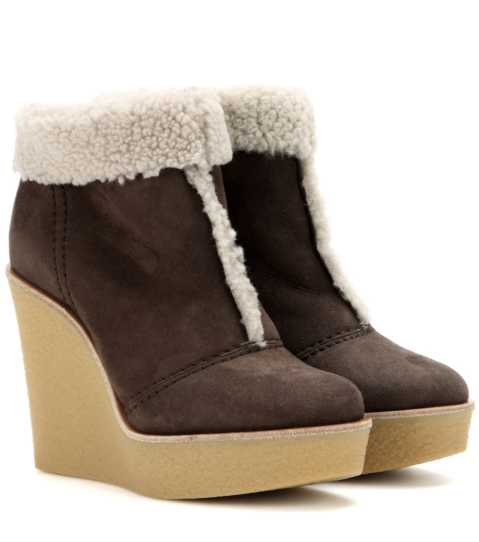 1f5fb8566cc Suede and shearling wedge ankle boots