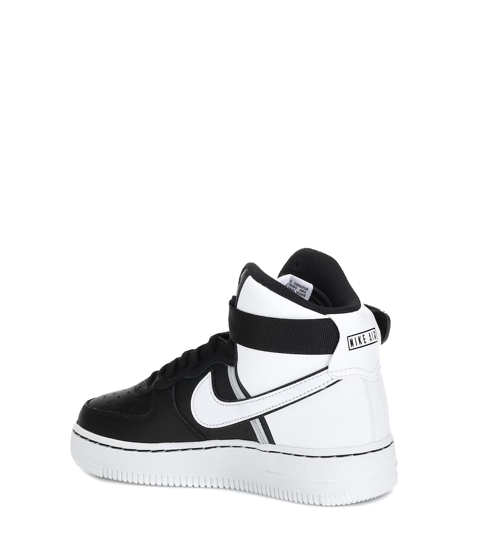 Air Force 1 LV8 High 2 sneakers
